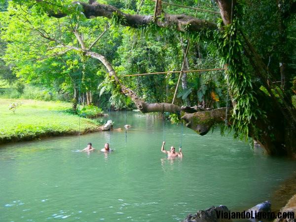 Laguna azul, Vang Vieng