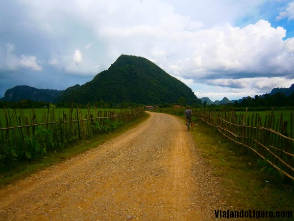 cueva Phu Kham