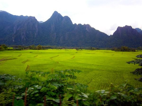 Vang Vieng Montañas cásrsticas