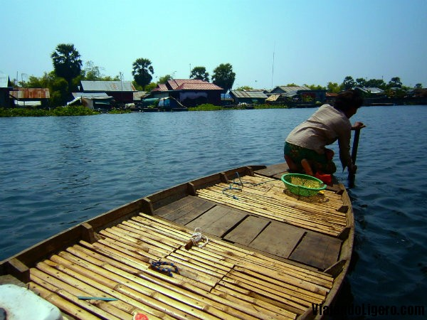 floating village battambang