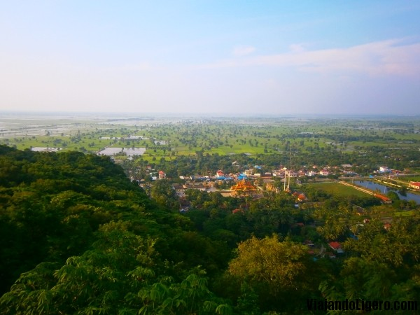 vistas killing cave battambang