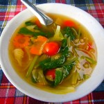 sopa de verduras y jengibre