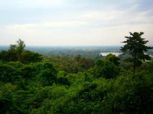 Vistas de Wat Phu Champasak, Laos