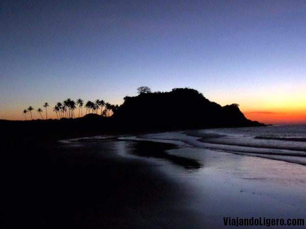 Atardecer en Nacpan Beach