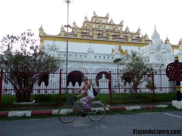 Monasterio Mandalay