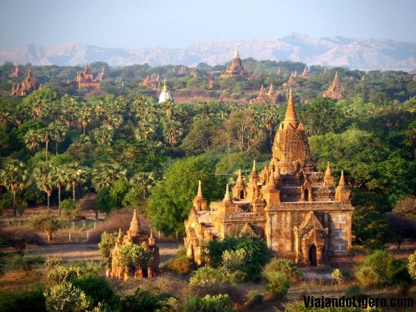 Amanecer, Bagan, Myanmar