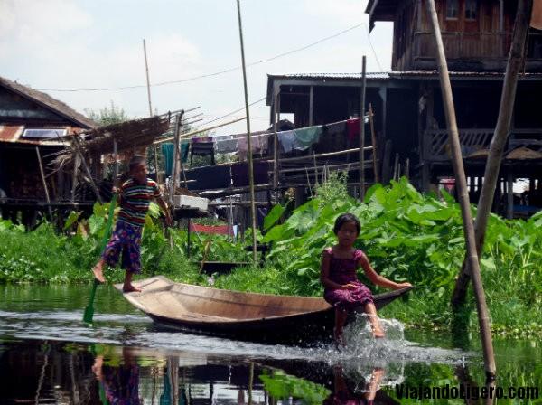 Taunggyi, niños