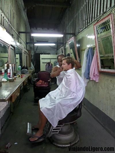 Erik en el barbero
